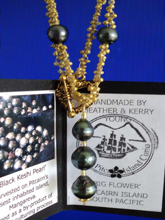 Pitcairn Island, Big Flower - Jewellery